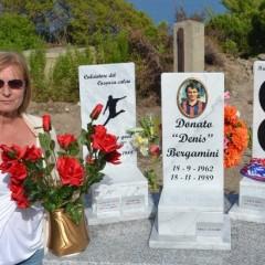Roseto Capo Spulico, posata la nuova lapide in onore di Denis Bergamini